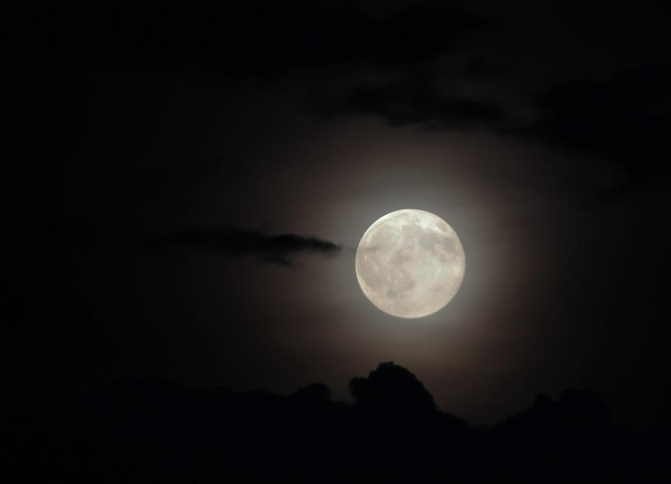 Full moon canoeing at Maremma Natural Park